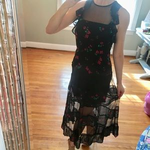 Red rose floral and black Express dress size 4